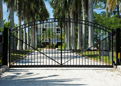 Custom Gate Design, Install & Repair | Florida Gate Masters